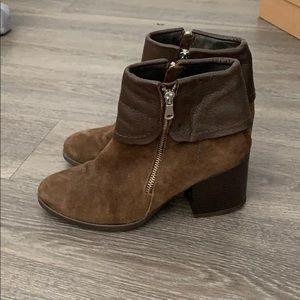 Brown booties sesto meucci